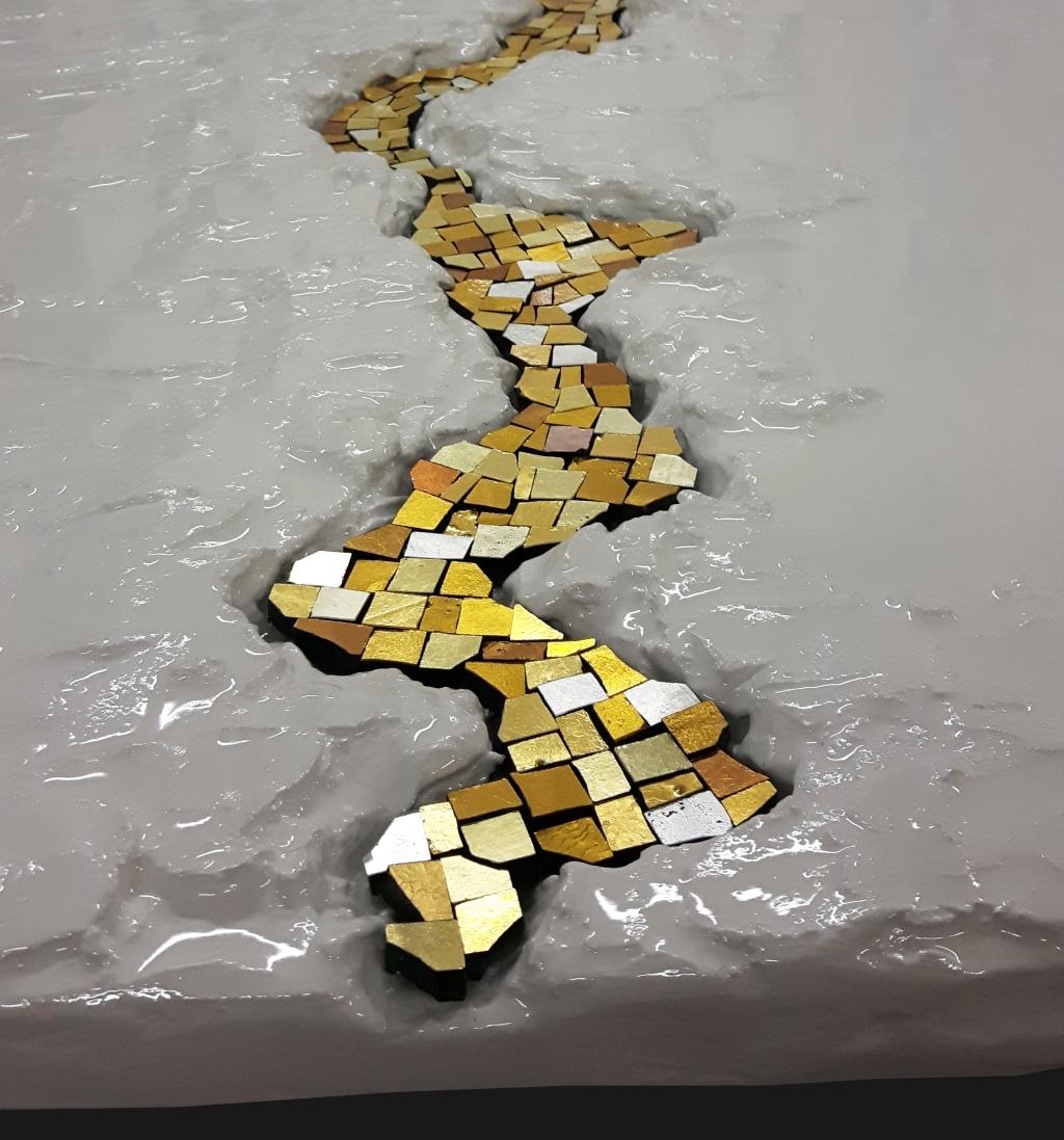 Quadri moderni in gesso su legno – Mosaico con tessere oro ...